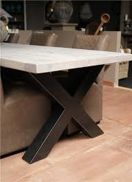 28633 voorbeeld kruispoot tafel 1
