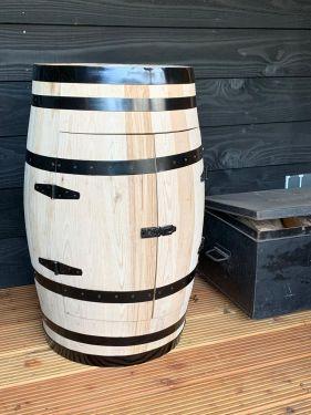 28750 wijnvat 150 liter zwarte banden met deur 1