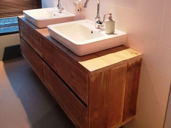 Steigerhouten badkamermeubels